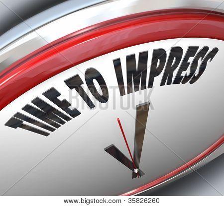 die Worte Zeit auf einer weißen und roten Uhr sagen Sie, dass jetzt zu beeindrucken ist im Moment ot überreden