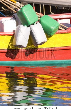 Img_6799_Colorfull_Shippingboat
