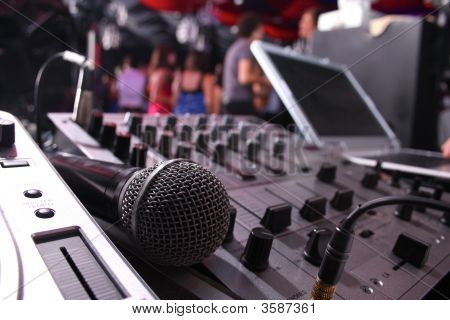 Dj Station, Night Party Mixer Console