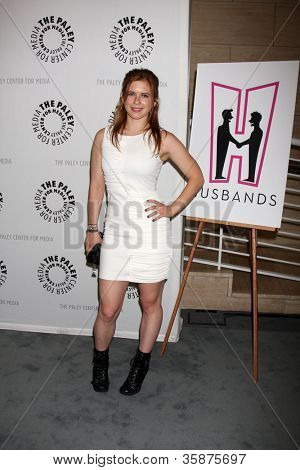 BEVERLY HILLS - AUG 13:  Magda Apanowicz arrives at the