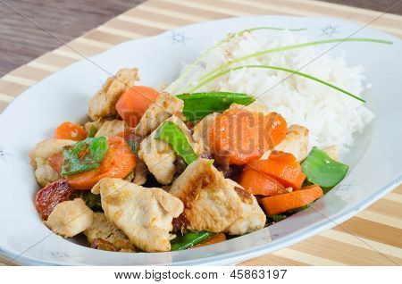 Grilled Chicken With Mixed Vegetables And Rice