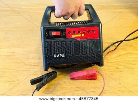Hand Car Battery 6V 12V 6Amp Charger Tool Home