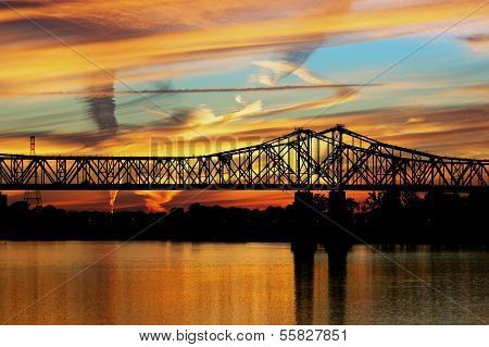 Sunset at mississippi river in Natchez
