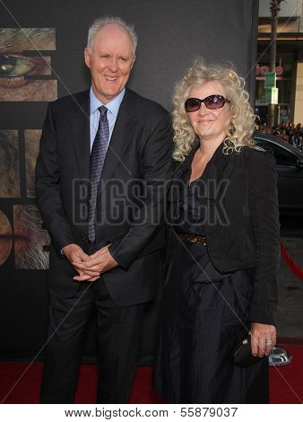 LOS ANGELES - JUL 28:  JOHN LITHGOW & wife MARY arrives to the