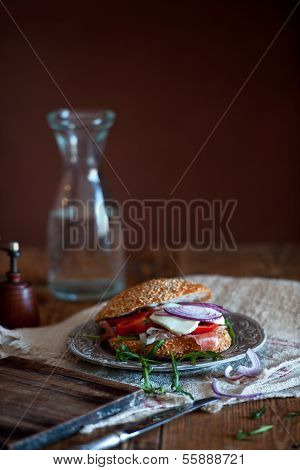 Szezáms Delicious Sandwich With Vegetables, Lounge By Press Lunch,