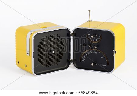 Stylish Vintage Yellow Transistor Radio
