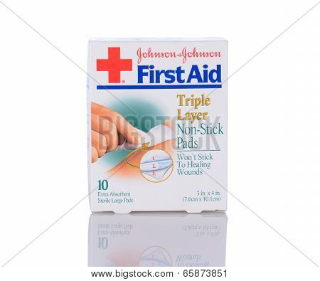 Johnson & Johnson First Aid Pads