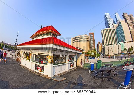 Fast Food Hut Without Clients In Sunset