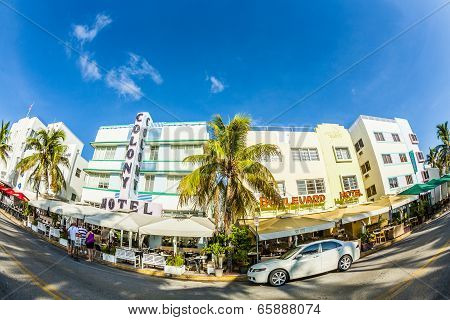 The Colony Hotel At Ocean Drive In South Beach Area