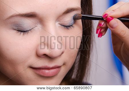 Makeup Artist Paint Brush Forever Young Girl