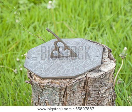 Ornate Sundial Garden Ornament