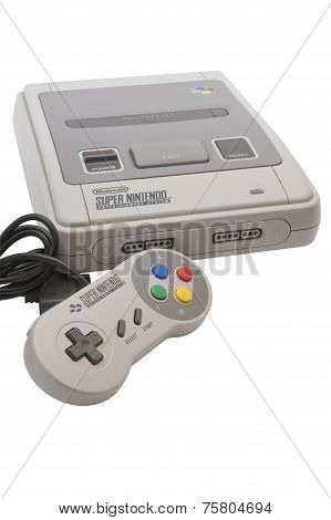 Super Nintendo Console And Controller