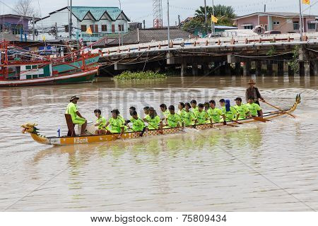 Unidentified Dragon Boat Teams  In Rayong River