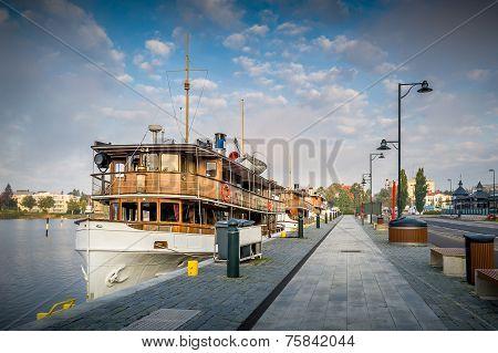 Retro excursion boat