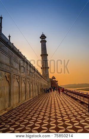 The corridor of Taj Mahal