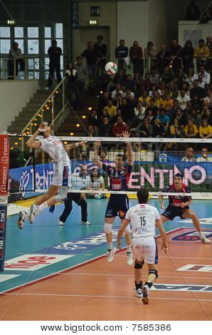 Italian Male Volley Championship 2009/2010 - Itas  Diatec Trentino Volley Vs Macerata