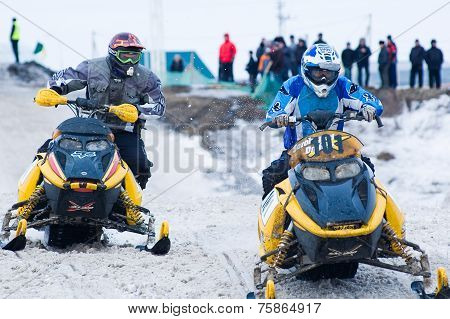 Racing of snowmobiles