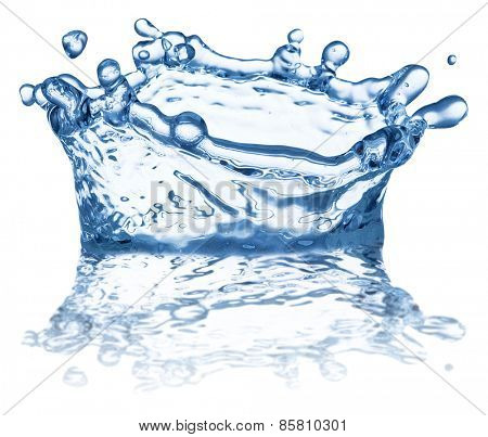 Splash of water in the shape of crown. File contains clipping paths.