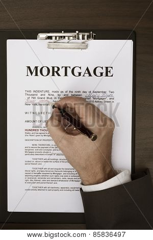 Signing mortgage document