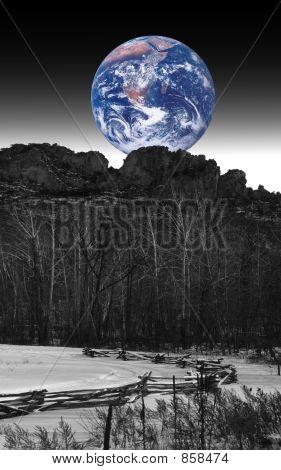 Earthrise at Seneca Rocks