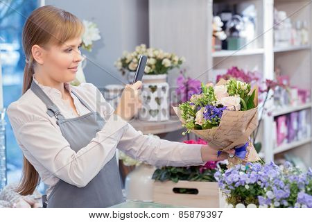 Making photo of a beautiful bouquet