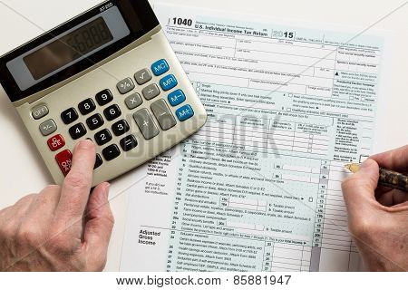 Pen And Calculator On 2015 Form 1040