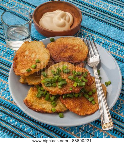 Traditional Ukrainian Homemade Potato Pancakes (draniks)