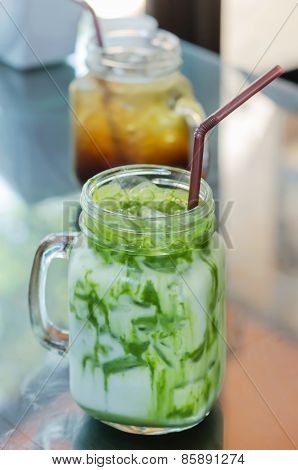 Iced Milk Green Tea