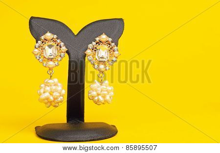 Costume Jewelry Earings