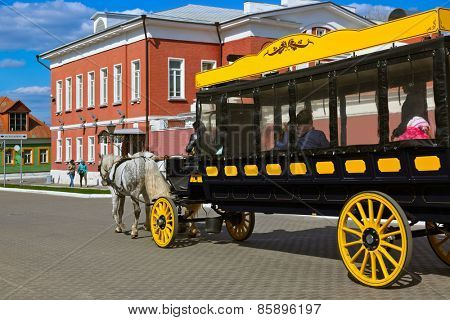 Horse-drawn carriages (omnibus) in the Kolomna Kremlin - Russia - Moscow region