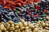 picture of pimiento  - View of green and black olives in a sicilian weekly market - JPG
