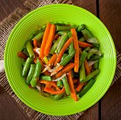 image of sauteed  - Sauteed green beans with carrots - JPG