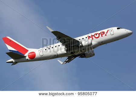 Hop Air France Embraer Erj-170 Airplane