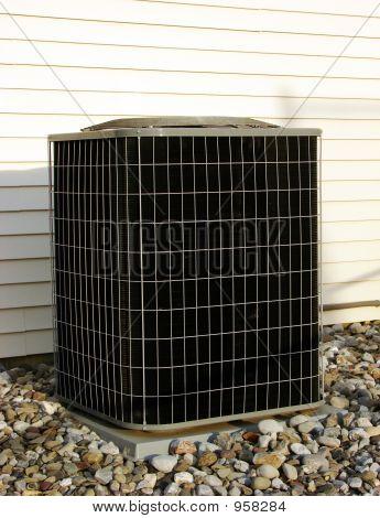 CA del acondicionador de aire refrigeración bomba fuera de casa