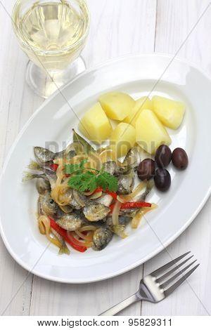 carapaus de escabeche, marinated fried horse mackerel