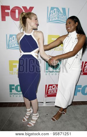 SAN DIEGO - JUL 10:  Skyler Samuels, Keke Palmer at the 20th Century Fox Party Comic-Con Party at the Andaz Hotel on July 10, 2015 in San Diego, CA