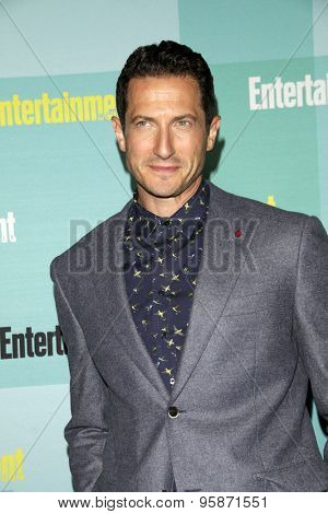 SAN DIEGO - JUL 11:  Sasha Roiz at the Entertainment Weekly's Annual Comic-Con Party at the Hard Rock Hotel on July 11, 2015 in San Diego, CA