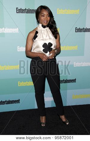 SAN DIEGO - JUL 11:  Angela Bassett at the Entertainment Weekly's Annual Comic-Con Party at the Hard Rock Hotel on July 11, 2015 in San Diego, CA