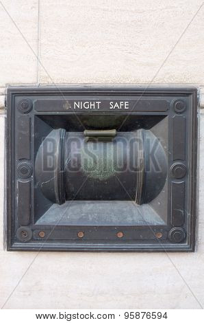 Ancient switch control for night safe