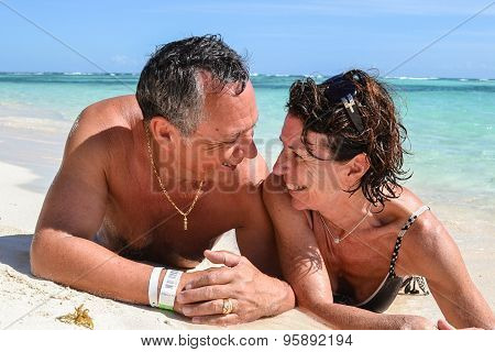 Couple Eye To Eye In Love On The Carribean Sea