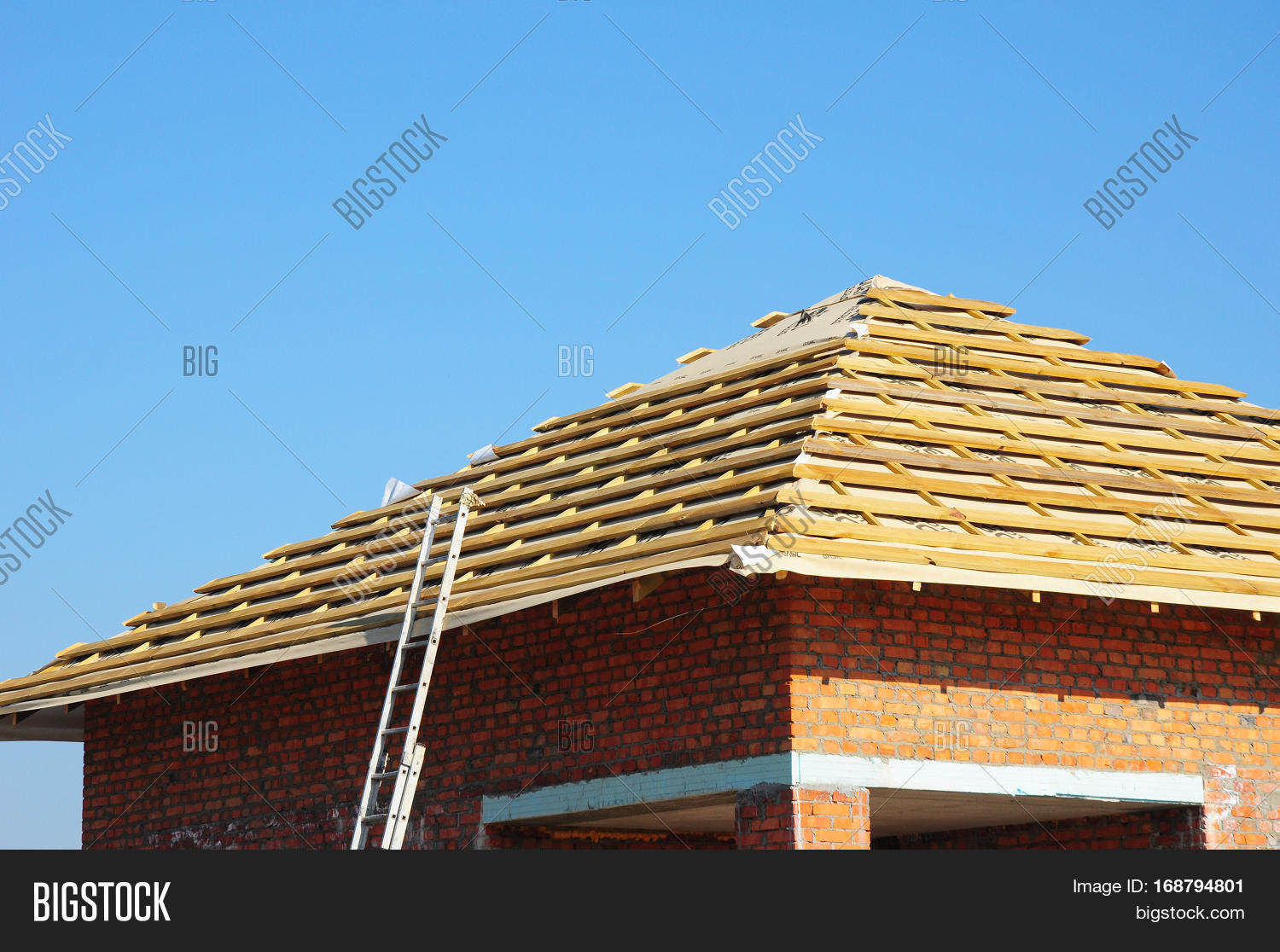 New roof membrane coverings with wooden construction home for New roof design