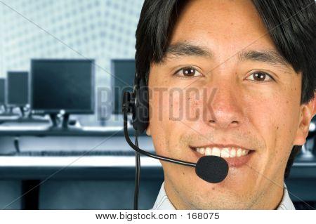 Equipo de servicios al cliente amistoso