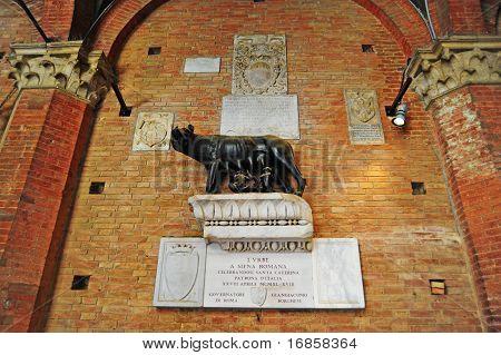 Statue von Romulus
