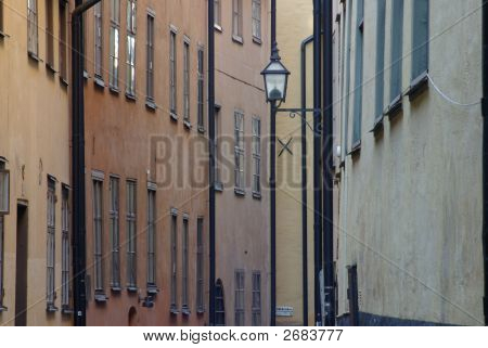 Narrow Alley