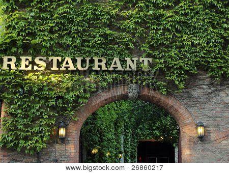 entrada romântica do antigo restaurante