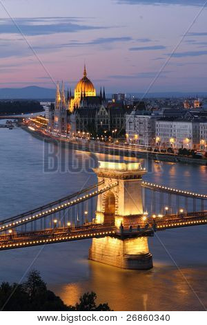 Hungary, Chain Bridge and Danube river in Budapest at night