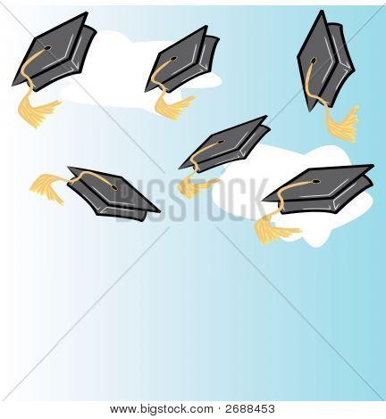 Lanzamiento de casquillos de la graduación con nubes
