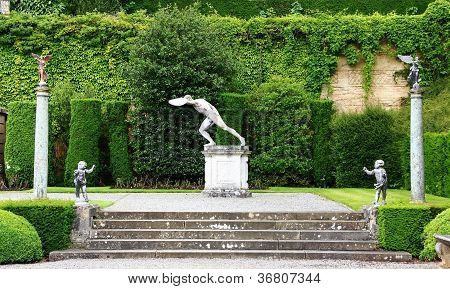 Discus thrower terrace gardens