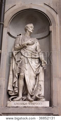 Statue of Amerigo Vespucci