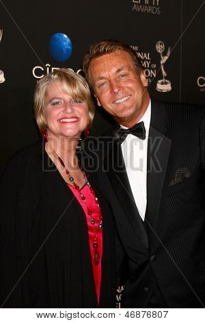 LOS ANGELES - JUN 16:  Cindy Fisher, Doug Davidson arrives at the 40th Daytime Emmy Awards at the Skirball Cultural Center on June 16, 2013 in Los Angeles, CA